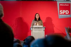 Claudia Tausend begrüßt fast 500 Gäste