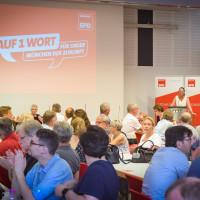 Claudia Tausend, Vorsitzende der Münchner SPD eröffnet den Parteitag