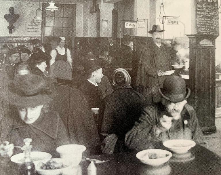 Auch in München gab es um 1900 Wärmstuben und Suppenanstalten